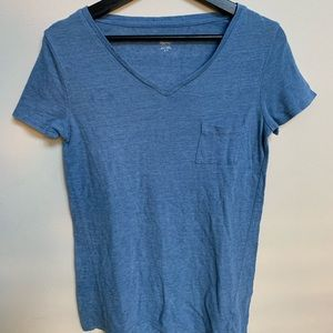 Blue V-neck short sleeve T-shirt